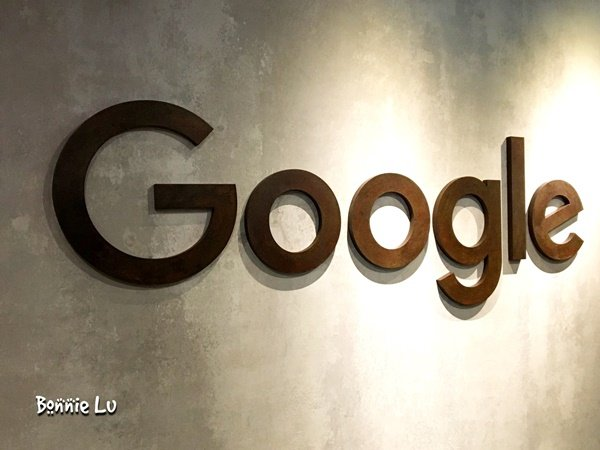 googleGoogle cafe_2035-013