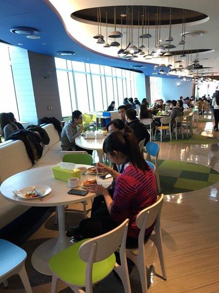 googleGoogle cafe_3345-019