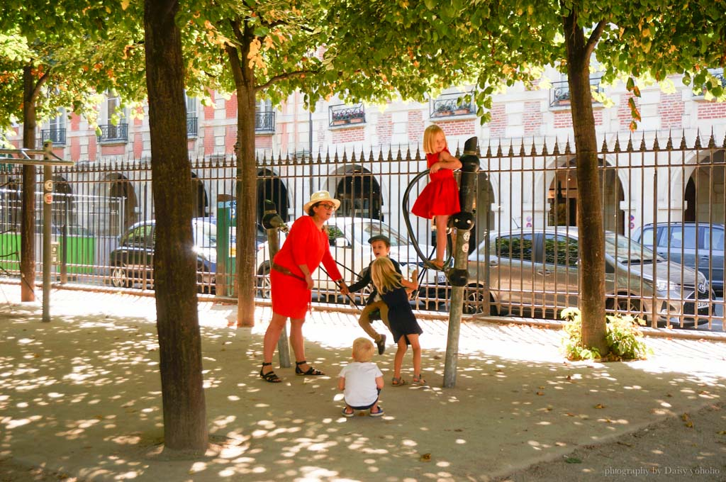 Place-des-Vosges, 孚日廣場, 巴黎景點, 巴黎自助旅行, 法國自助. 歐洲旅遊, 巴士底, 雨果故居, 瑪黑區
