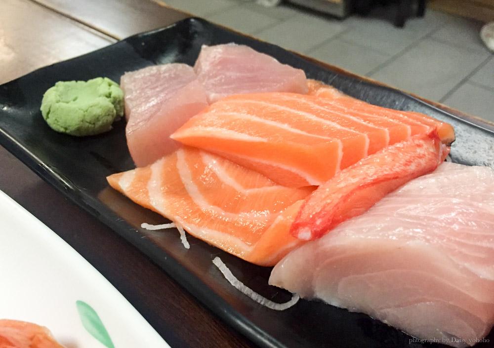 日本料理, 西門町三味食堂, 握壽司, 鮭魚握壽司, 生魚片, 平價日式料理, 西門美食, 台北美食