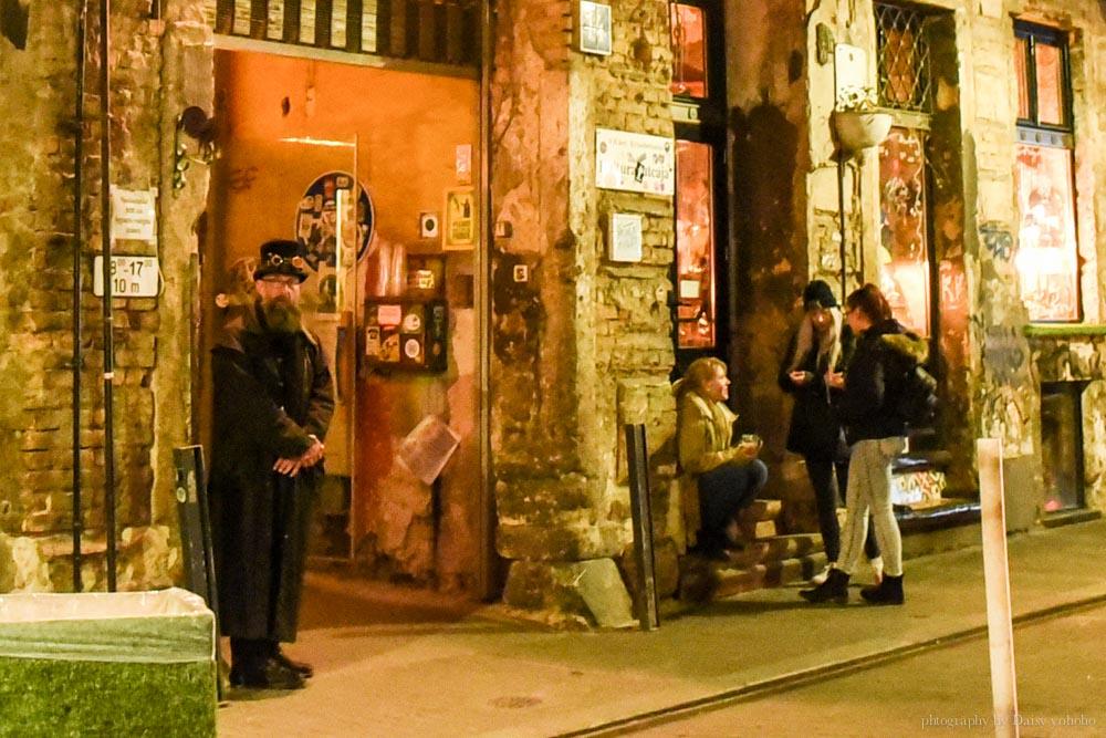 布達佩斯, 廢墟酒吧, 匈牙利, 布達佩斯景點, 布達佩斯晚上, Szimpla Kert