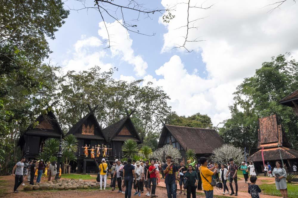 清萊一日遊, 清萊自由行, 清萊自助, 清邁自由行, 清邁自助, 泰國清邁, 白廟, 藍廟, chiang rai