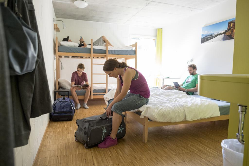 Backpackers Villa Sonnenhof, 因特拉肯住宿, 茵特拉肯, 瑞士住宿, 茵特拉肯青年旅館