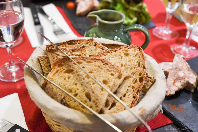 巴黎美食, 油封鴨, 法式美食, 巴黎必吃美食, 巴黎餐廳, 巴黎午間套餐, 法式料理
