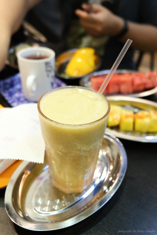 純純電影音樂咖啡, 大稻埕下午茶, 蔥油餅, 大橋頭美食, 水果串, 大稻埕水果