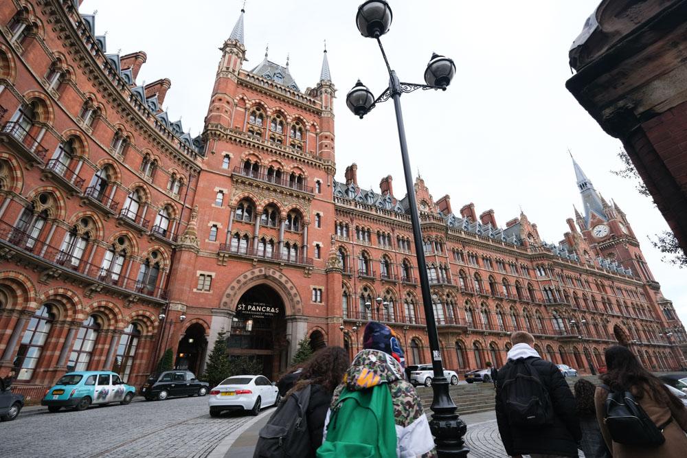 Half Cup, 英國美食, 倫敦美食, 酪梨開放三明治, 酪梨料理, 熱巧克力, 王十字車站美食, 倫敦咖啡廳