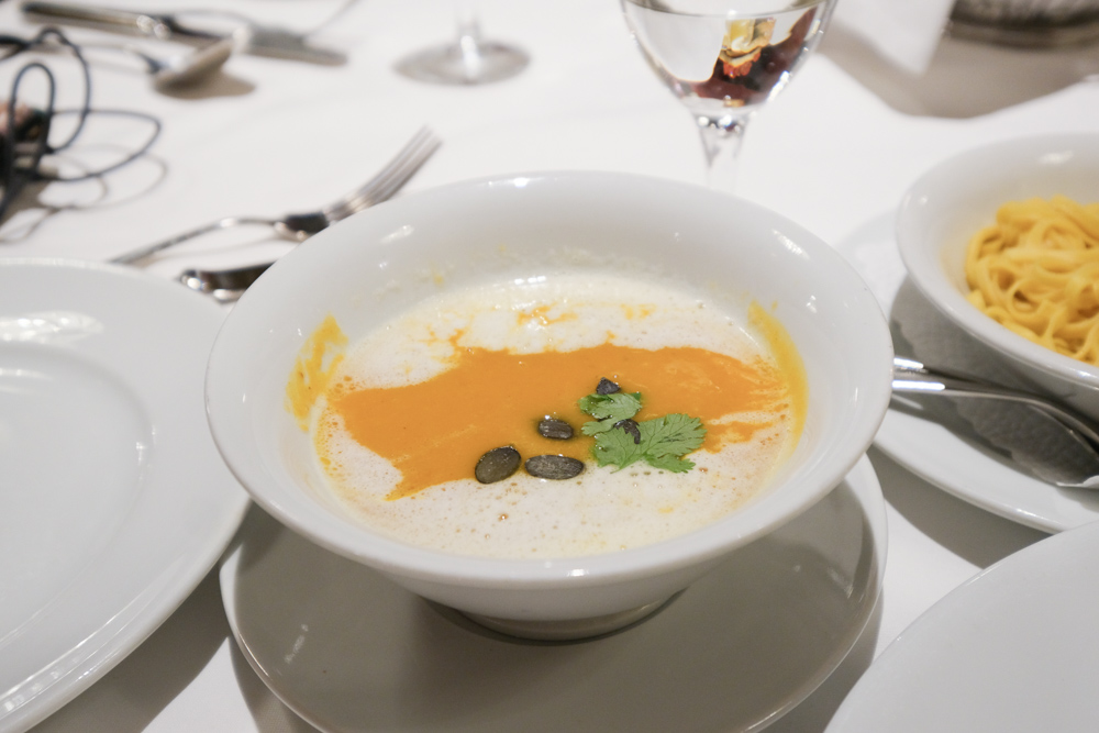 Kornhauskeller 菜單, 伯恩地窖餐廳, 伯恩美食, 瑞士美食, 伯恩盤, 瑞士傳統料理