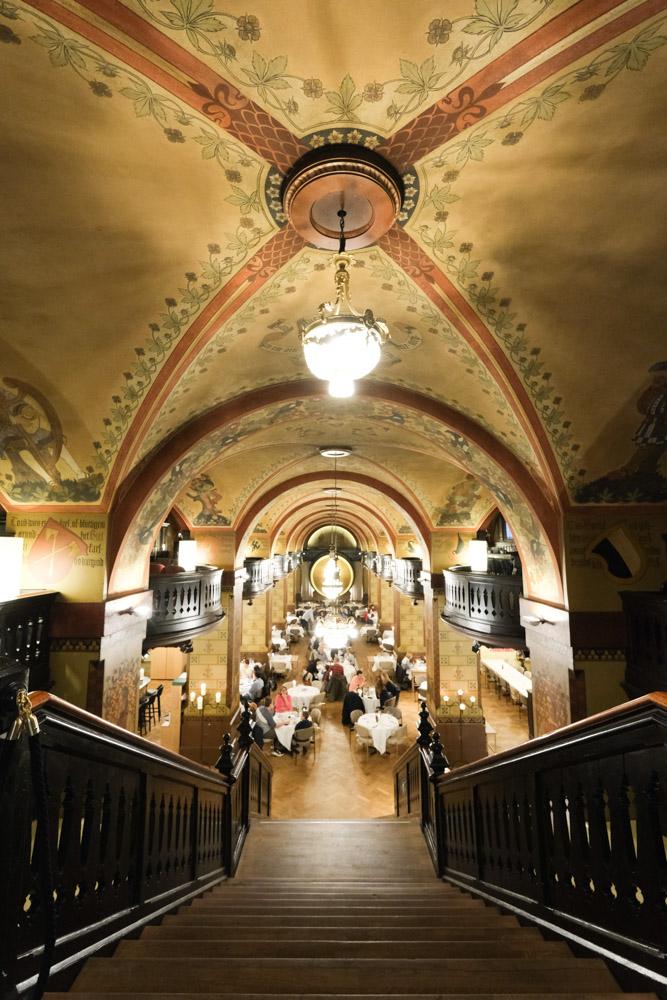 伯恩地窖餐廳, 伯恩美食, 瑞士美食, 伯恩盤, 瑞士傳統料理