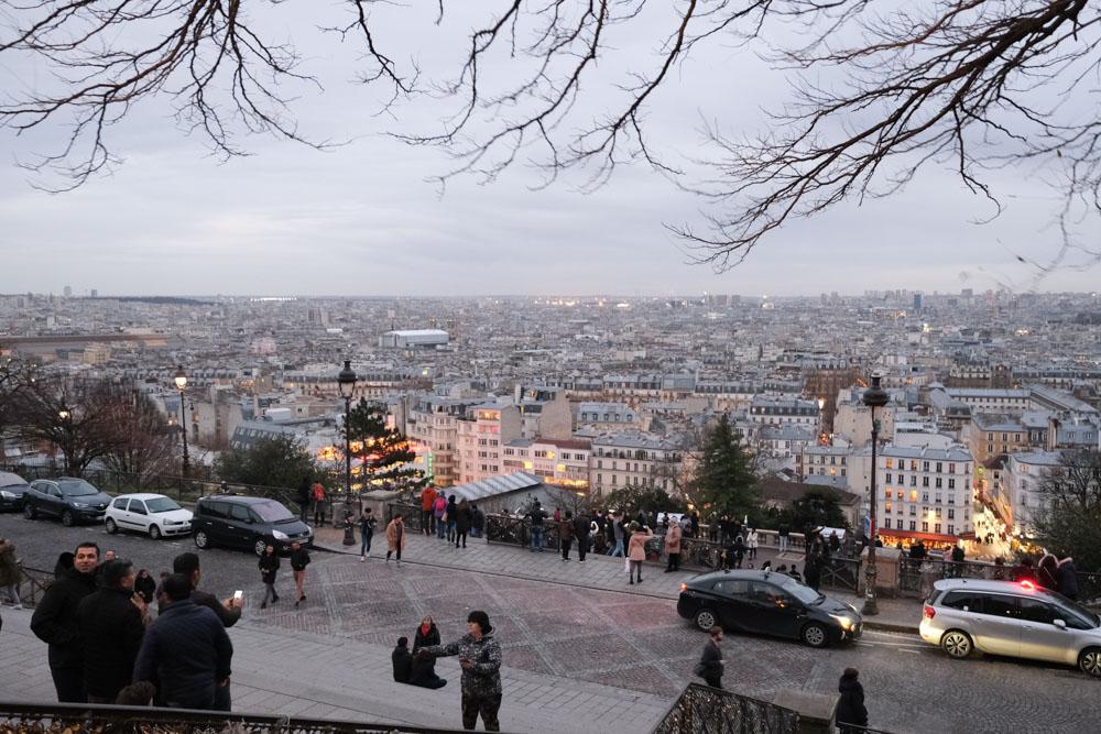 蒙馬特丘陵, 紅磨坊, 穿牆人, 聖心堂, 巴黎景點, 我愛你牆, 愛牆, 藝術家村