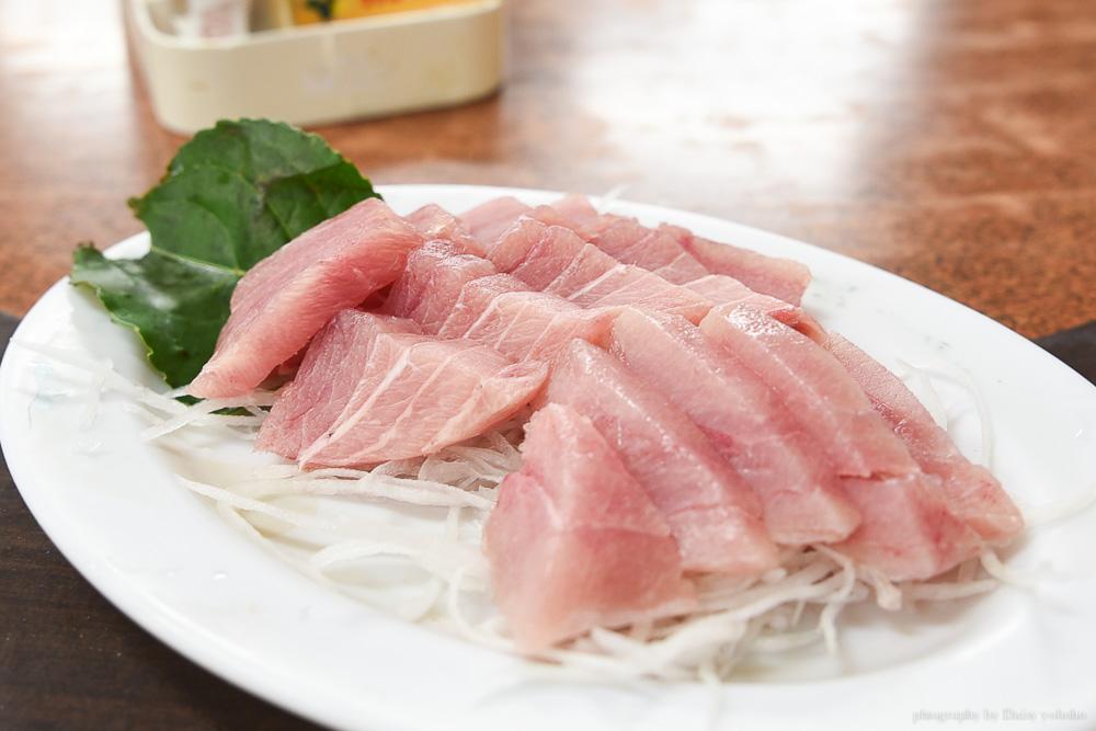 鮪魚生魚片,特選海鮮餐廳 台東·富岡漁港美食, 老司機帶路的人氣海鮮餐廳!