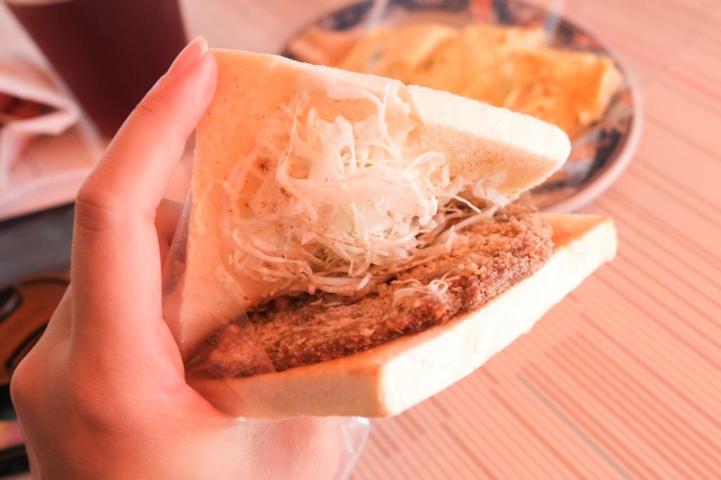 千香麥香雞, 古早味粉漿蛋餅, 早餐雞排, 後甲國中早餐, 台南東區早餐, 麥香雞吐司
