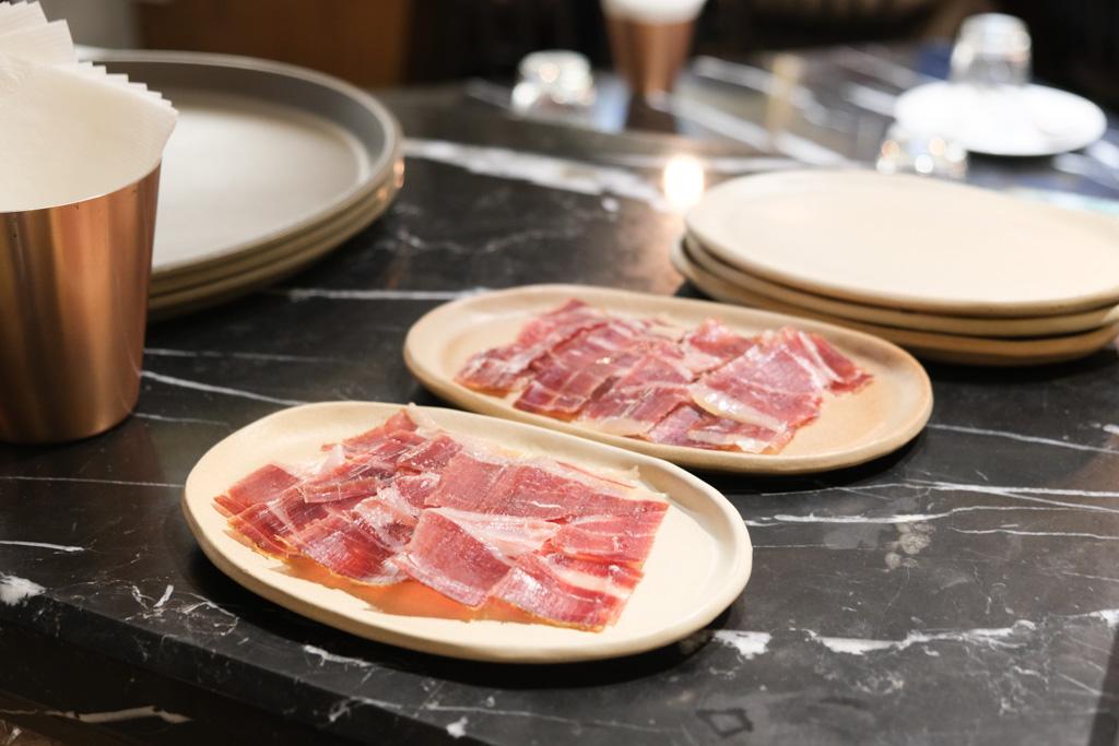 Gien jia, 挑食, 高雄餐酒館, 季節性菜單, Gien Jia挑食菜單, 前金美食, 挑食訂位, 高雄義大利麵, 墨魚燉飯