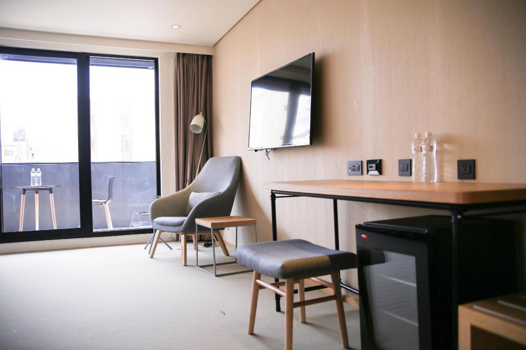 亮點旅店 Hotel Discover, 嘉義飯店推薦, 嘉義文化路夜市住宿, 嘉義親子飯店