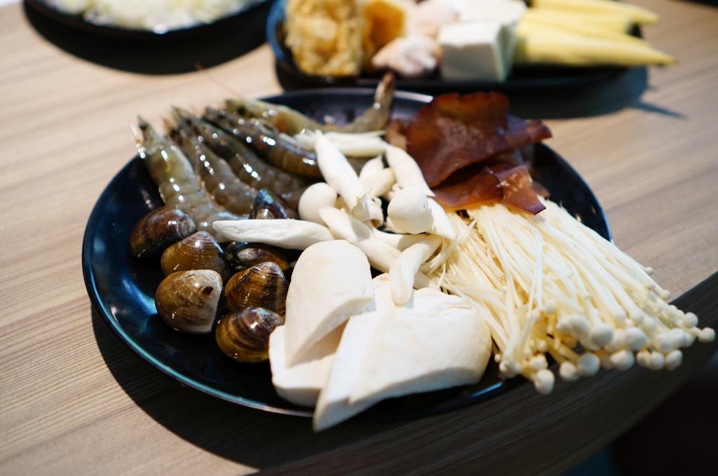台電勵進酸菜白肉鍋, 連進酸菜白肉, 內湖酸菜白肉鍋, 內科美食, 西湖站美食, 西湖站火鍋, 內湖美食