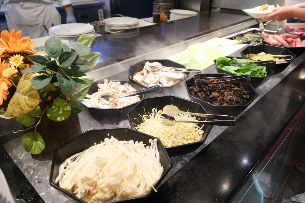 台南大飯店, 歐式自助餐, 翡翠廳, 台南大飯店自助餐訂位, 台南buffet 吃到飽, 台南火車站美食, 龍蝦吃到飽