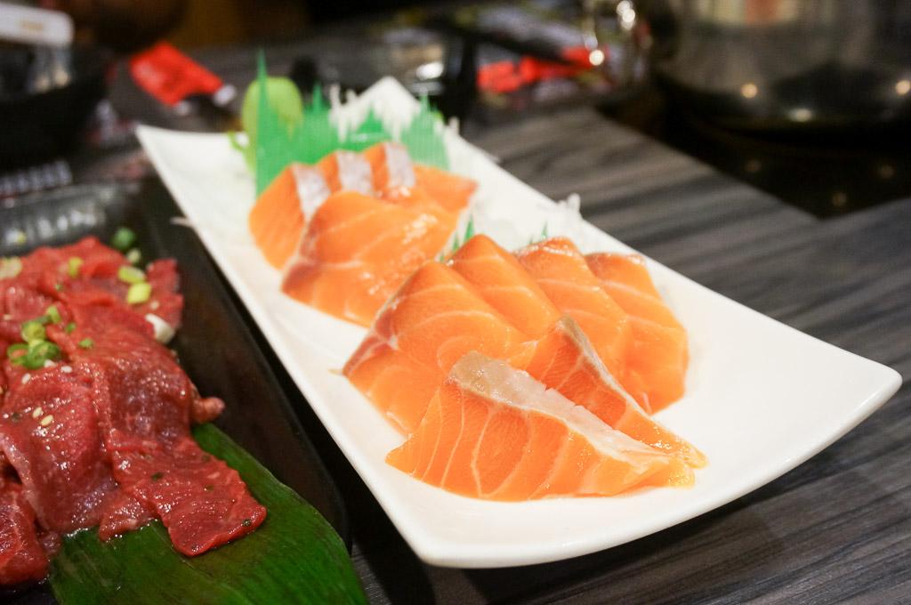 明野平價日本料理, 金門日本料理, 金門海鮮餐廳, 金城鎮美食, 和牛海鮮鍋物, 金門生魚片, 金門吃到飽