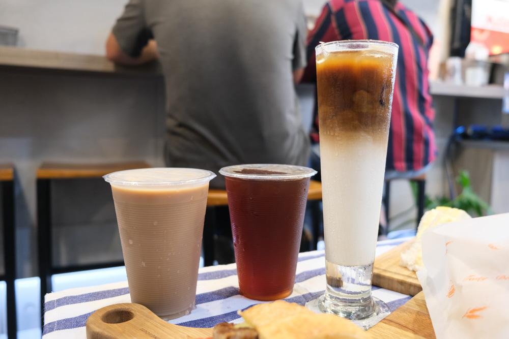 黑騎士咖啡, 卜派漢堡, 民雄早餐, 民雄早午餐, 嘉義早午餐, 民雄美食, popeye hamburger, 嘉義菠蘿漢堡, 牛角可頌