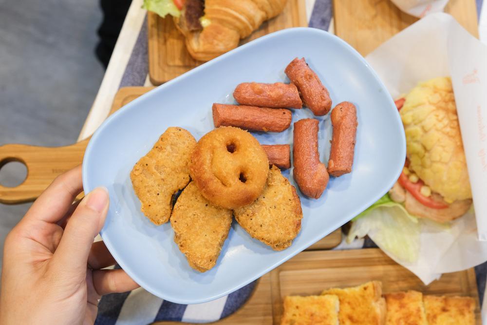 民雄卜派漢堡, 民雄早餐, 民雄早午餐, 嘉義早午餐, 民雄美食, popeye hamburger, 嘉義菠蘿漢堡, 牛角可頌
