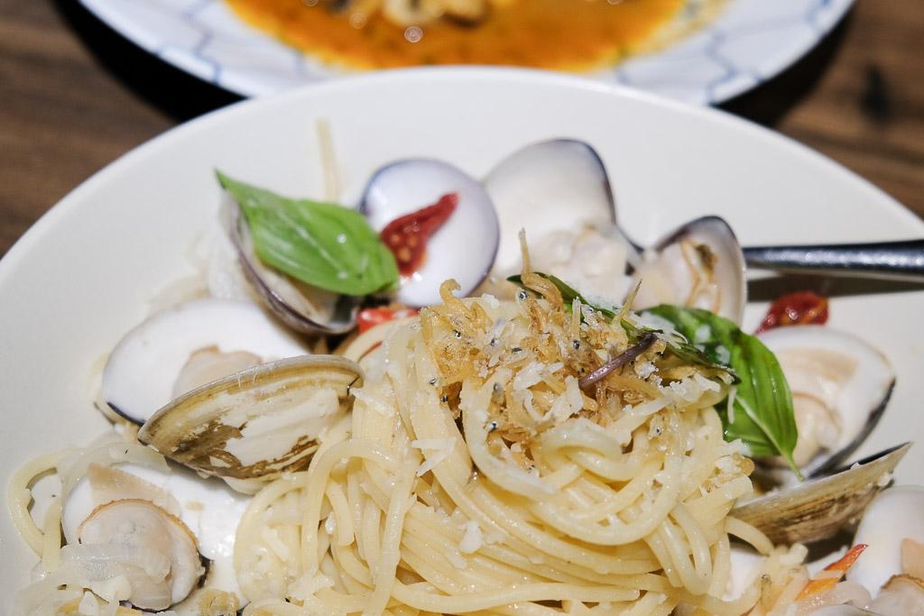 食上主義餐酒館, 台南餐酒館, 老宅餐廳, 食上主義刷卡, 訂位, 壽星優惠, 台南調酒, 台南義式料理