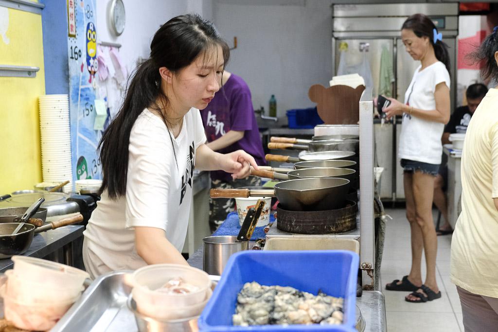 佰九海產粥, 台南海產粥, 台南宵夜, 台南海鮮粥, 台南小吃, 燙蝦子, 招牌海產粥