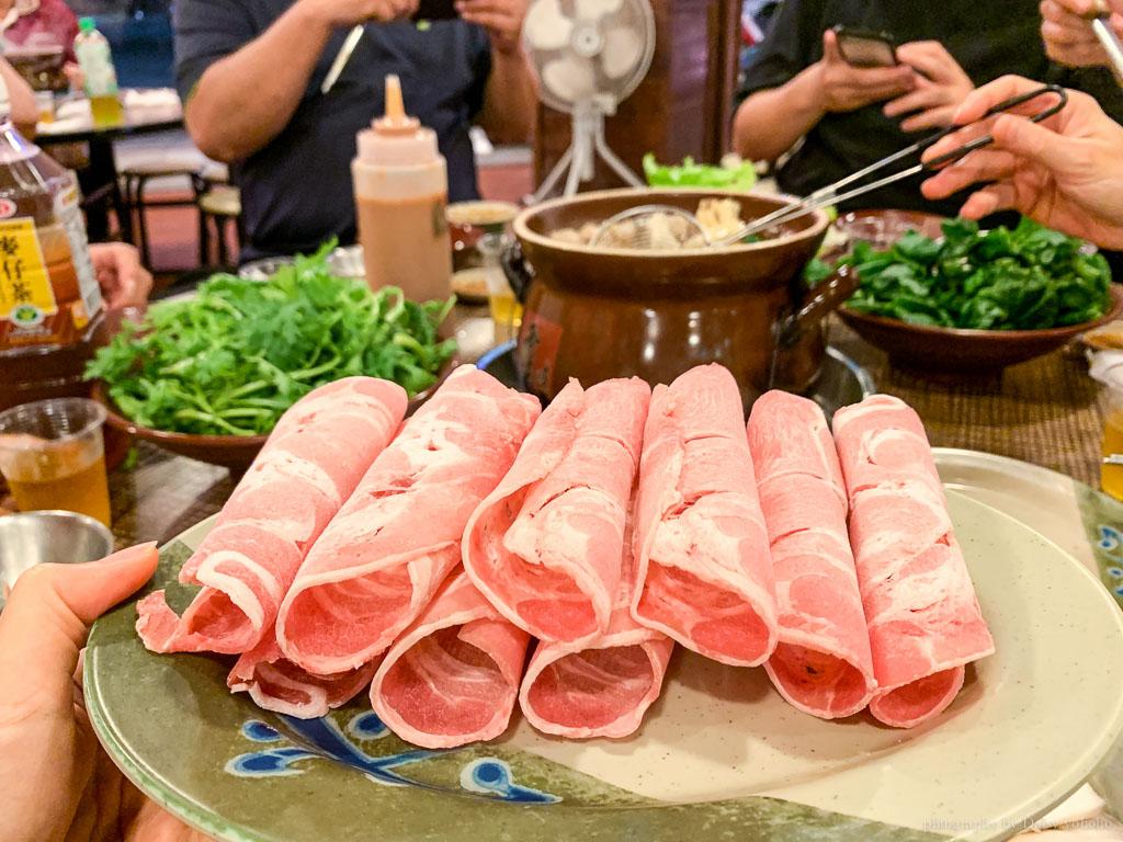 嘉義霸味羊肉爐, 嘉義羊肉爐, 嘉義美食, 嘉義進補, 霸味羊肉爐菜單, 木炭羊肉爐, 三羊開鍋
