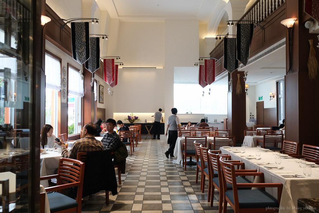 轉角餐廳 corner steak house, 台南約會餐廳, 台南東區美食, 成大美食, 台南牛排, 轉角餐廳菜單價格, 轉角餐廳生日蛋糕, 台南壽星優惠, 轉角餐廳慶生