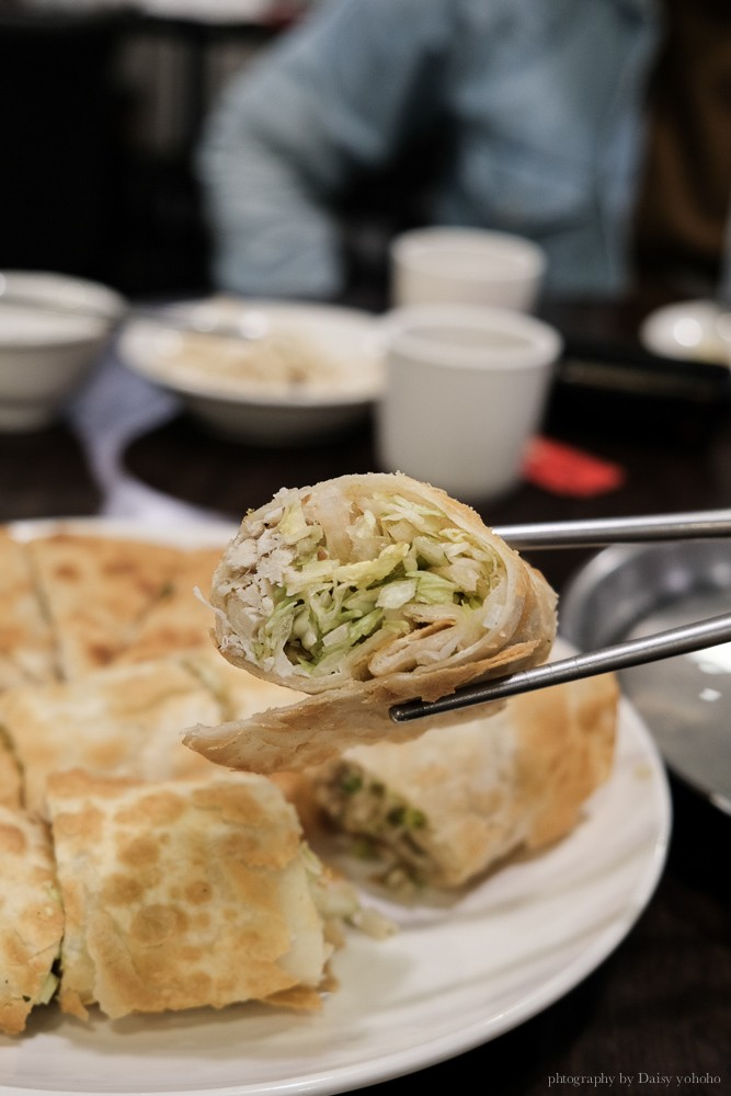 劉家酸菜白肉鍋, 台南酸菜白肉鍋, 裕農路美食, 台南東區美食, 台南火鍋, 台南刀削麵, 牛肉捲餅