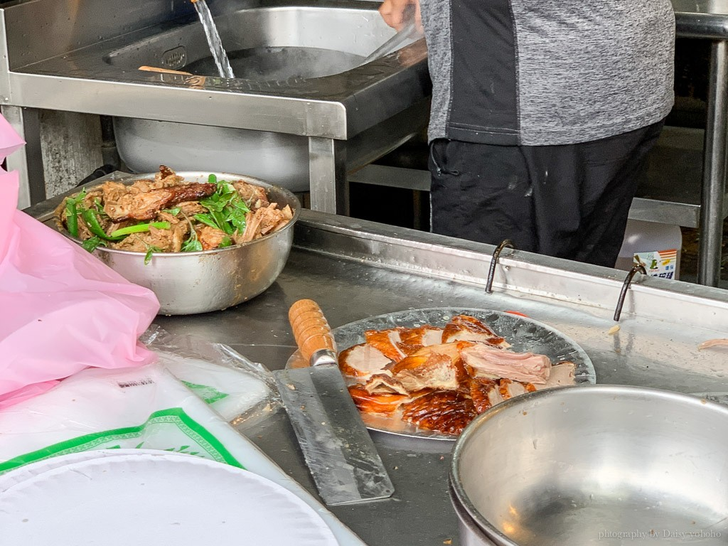 洪記烤鴨, 嘉義烤鴨, 嘉義美食, 吳鳳南路烤鴨, 嘉義外帶美食, 一鴨兩吃
