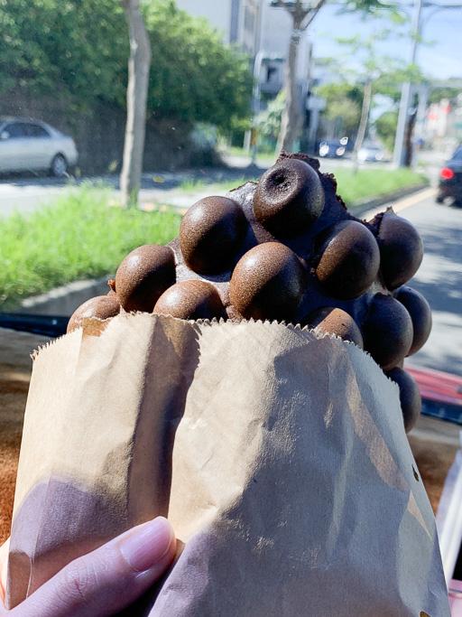 花見雞蛋仔,隱身台南東區富農街上的銅板下午茶美食,推濃情朱古力
