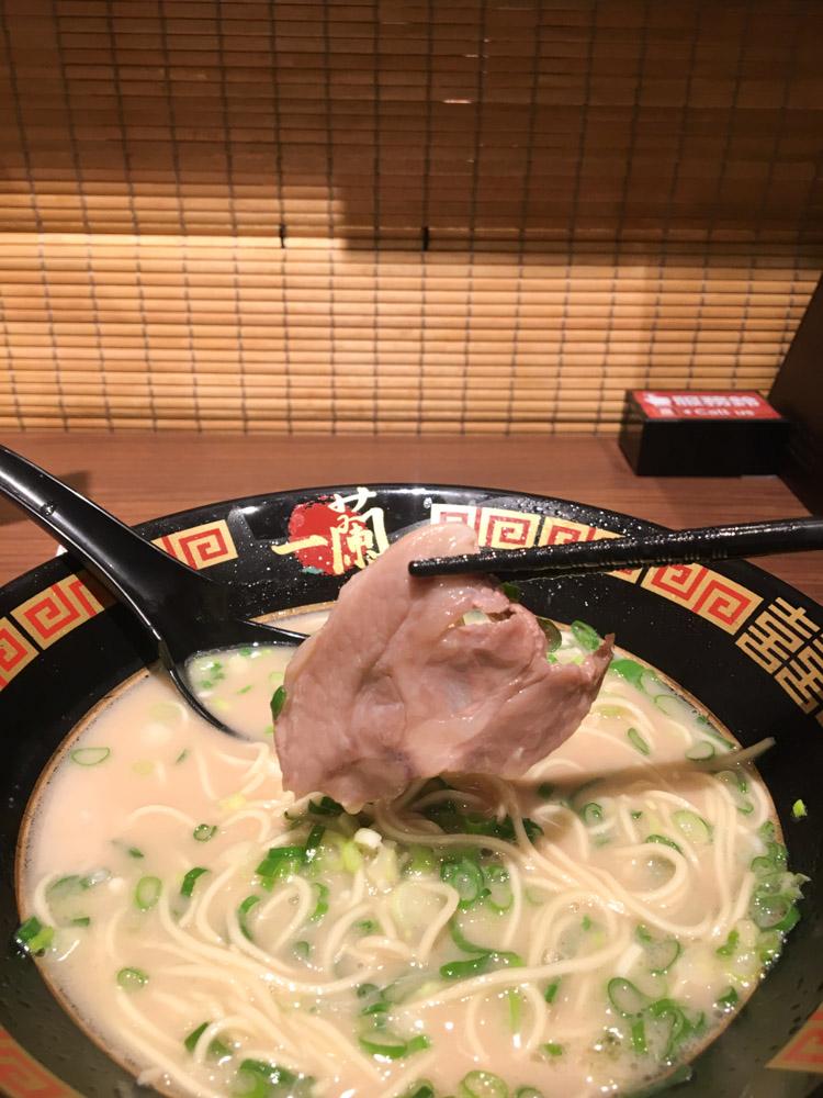 一蘭 台灣台北別館,新光三越 A11,一個人的小包廂拉麵體驗,懷念的日本味