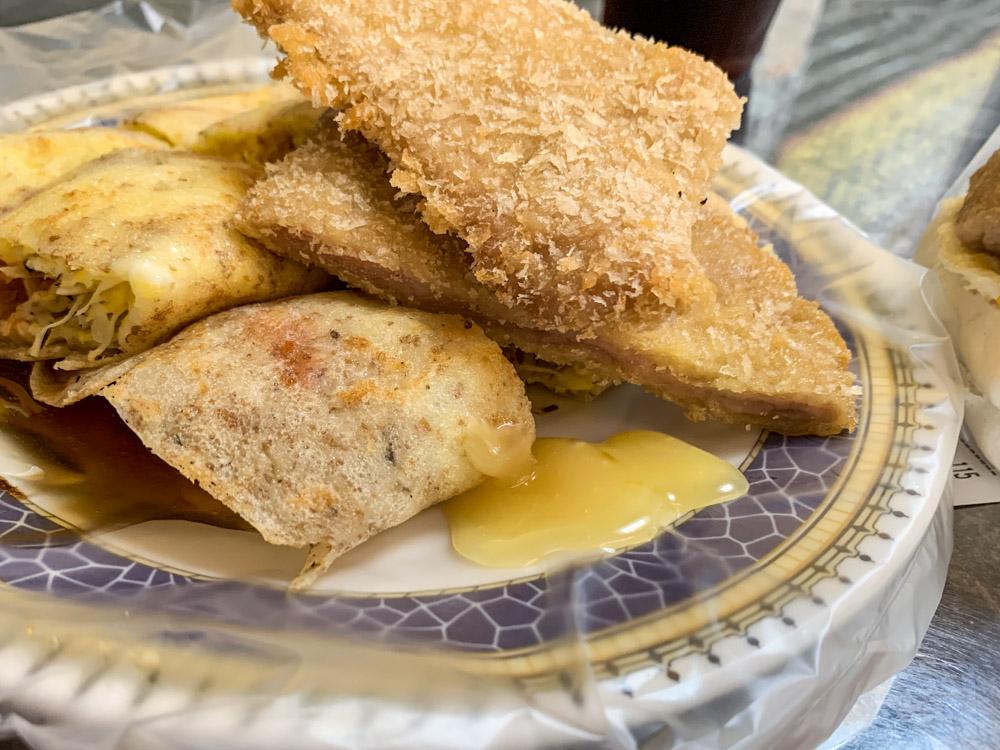 峰炸蛋餅, 饅頭燒, 嘉義早點, 胚芽蛋餅, 新生早點, 嘉義蛋餅, 豬排蛋餅
